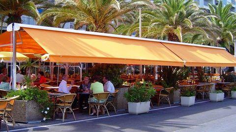 Store portique double pente Toulon